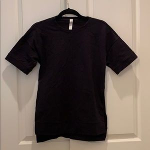 LULULEMON - Workout Shirt